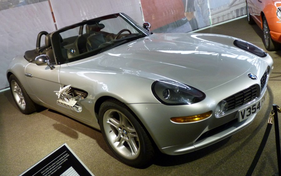 Bmw Z8 De James Bond