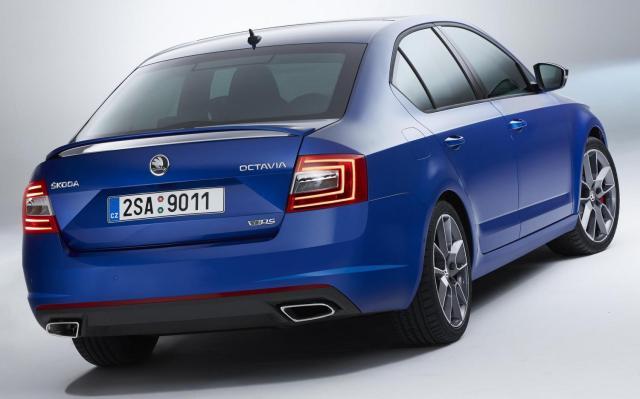 SKODA Octavia vRS 2013 MKIII blue rear