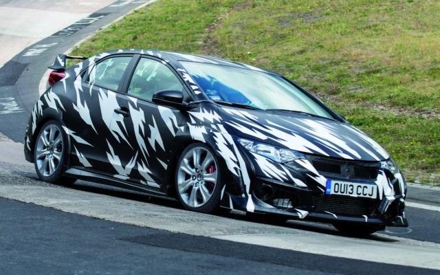 Honda Civic Type-R camouflaged prototype