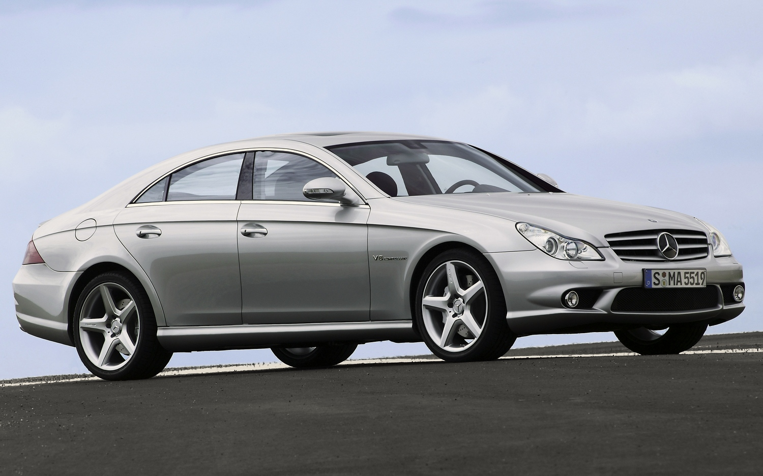Top 10 rear wheel drive cars under 10k the driven blog for Mercedes benz 10k