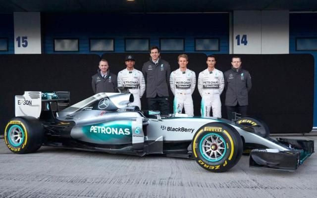 Mercedes W06 F1 testing 2015 Jerez