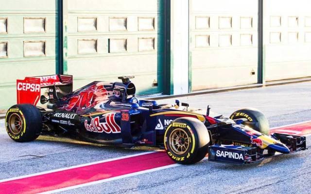 Toro Rosso STR10 launch Jerez 2015