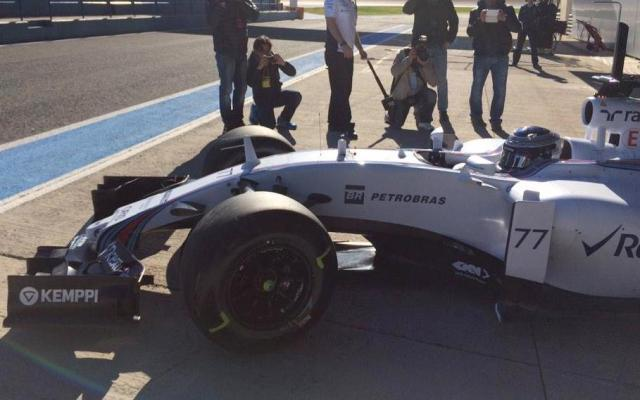 Williams FW37 2015 F1 testing Jerez
