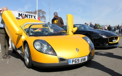 Renaultsport Spider Goodwood Breakfast Club Soft Top Sunday May 2016