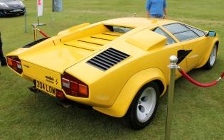Lamborghini Countach yellow rear Cholmondeley Power and Speed 2016