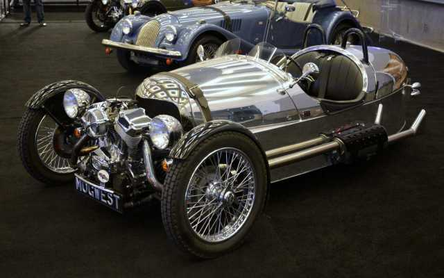9 Morgan 3 wheeler 1-001